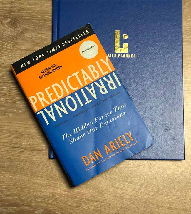 Predictably Irrational - The Hidden Forces That Shape Our Decisions by Dan Ariely